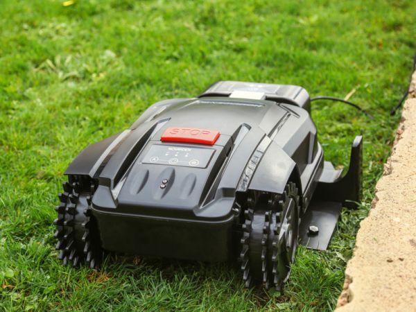 Robot tondeuse NRL 250, pour les petits jardins
