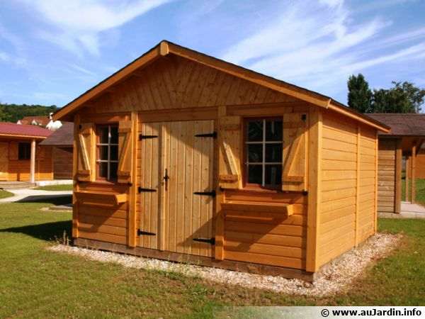 abris de jardin garages chalets en bois entretenez. Black Bedroom Furniture Sets. Home Design Ideas