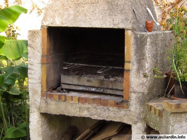 Un barbecue maconné