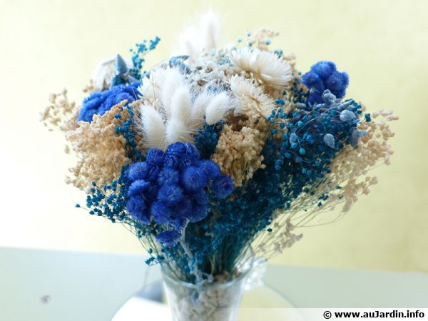 Bouquet sec aux tons bleus