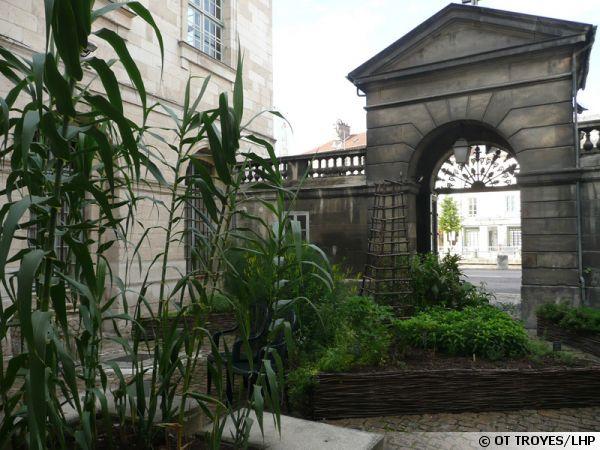Le jardin de l'Apothicaire à Troyes