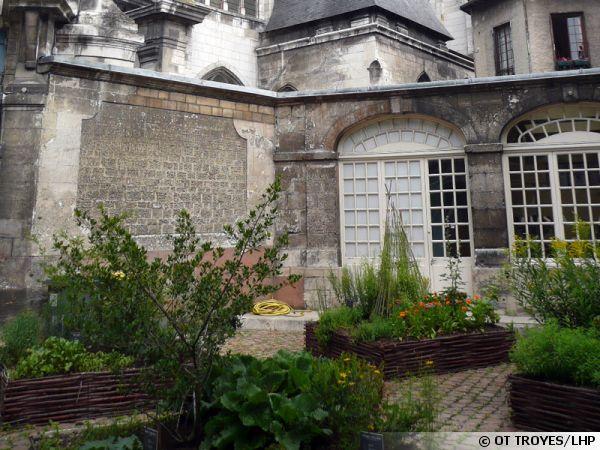 Le jardin des Teinturiers à Troyes (10)