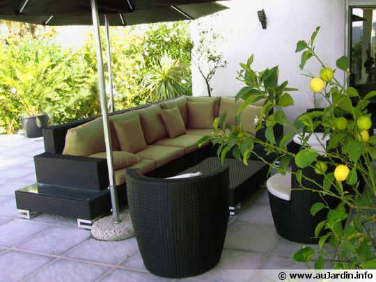 Le mobilier de jardin en r sine tress e for Mobilier de jardin resine