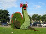 Meudon, Réalisation d'un dragon en mosaïculture