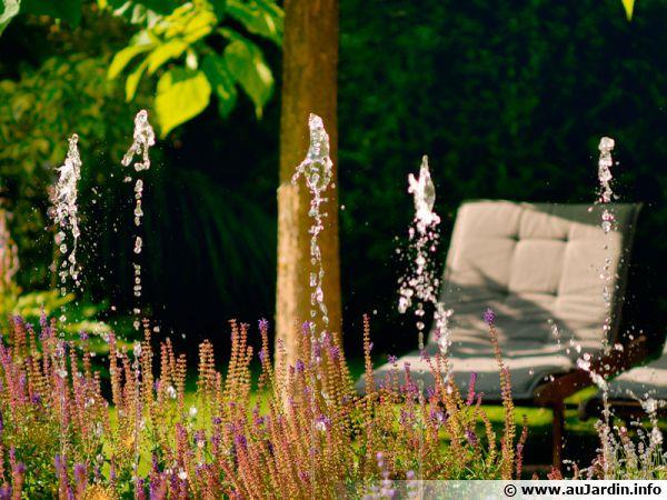 Bassin, jeux d'eau, lieu de contemplation et de repos