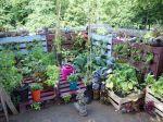 Le recyclage des objets courants au jardin