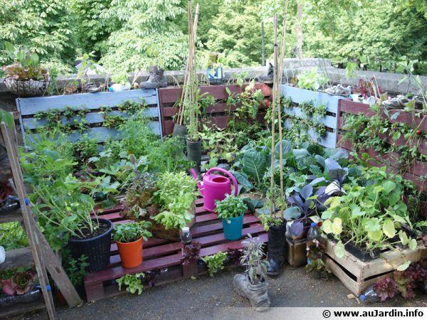Tout recycler au jardin ! Palettes, chaussures, bouteilles, pots, ...