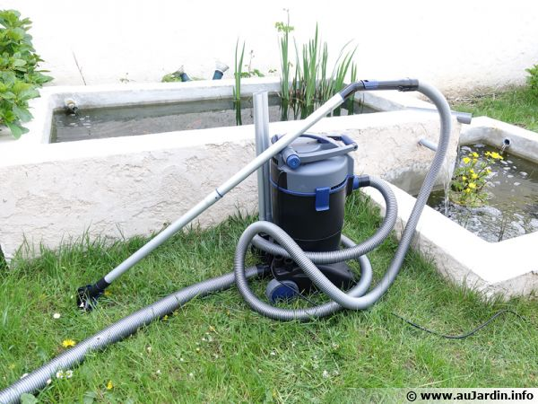 L 39 aspirateur de piscine for Aspirateur de piscine manuel