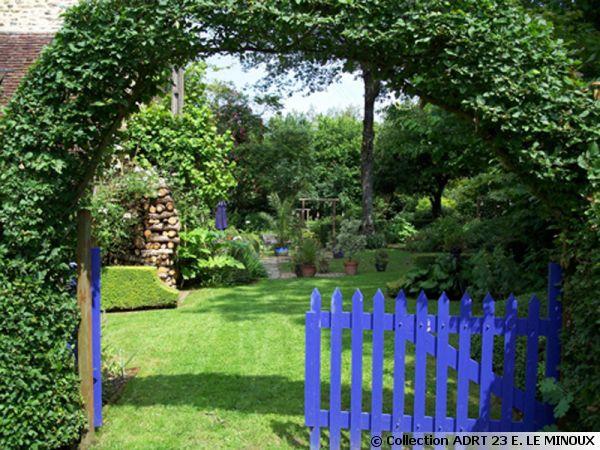 Entrée du jardin de la Bergeraie à Crozant