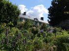 La maison de Claude Monet depuis les jardins