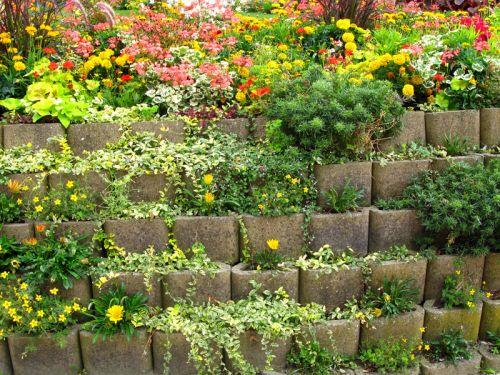 les terrains en pente plusieurs solutions - Jardin Japonais En Pente
