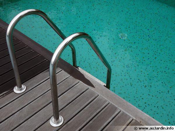 Une eau cristalline pour la piscine