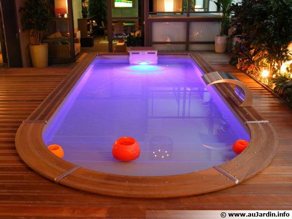 Les aménagements autour d'une piscine