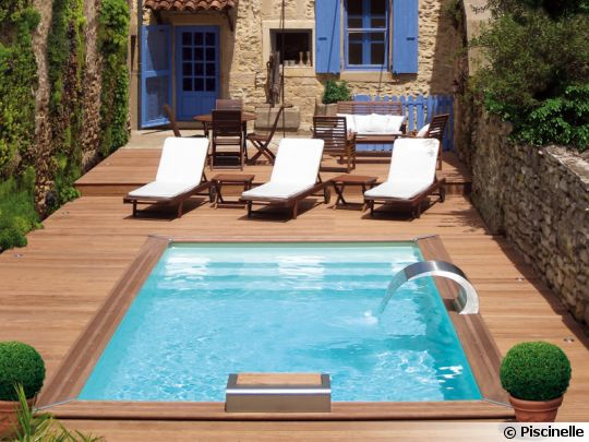 une mini piscine ou xs dans un petit jardin pictures. Black Bedroom Furniture Sets. Home Design Ideas
