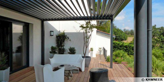 La pergola bioclimatique, pour une terrasse design