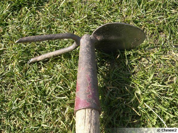 L 39 mondoir un outil de jardin d laiss for Definition de jardin