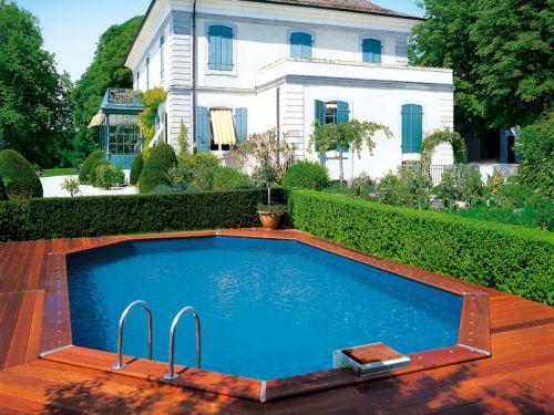 une haie autour de la piscine. Black Bedroom Furniture Sets. Home Design Ideas
