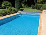 Préparer la piscine avant le départ en vacances