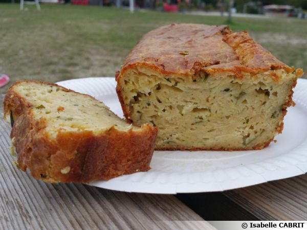 Cake courgettes basilic parmesan