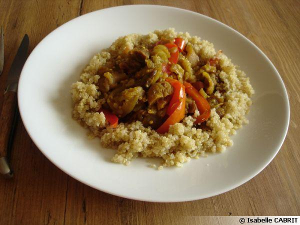 Mijoté d'aubergines aux abricots secs et au quinoa  (végétarien)