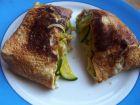 Omelette garnie aux courgettes, cuite au wok