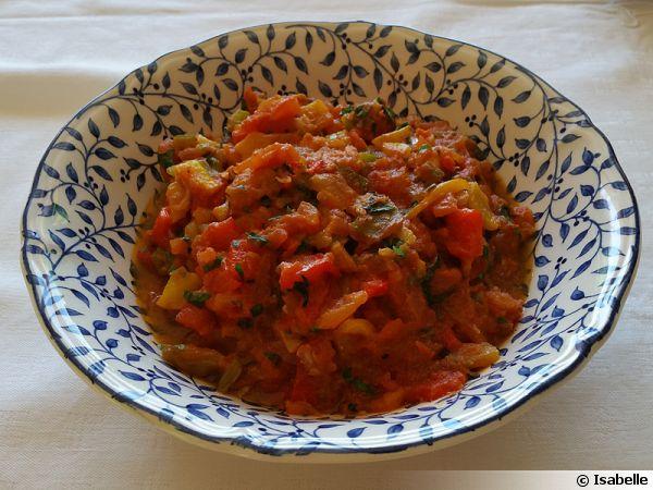 Salade marocaine aux poivrons grill es recette de cuisine - Salade de poivron grille ...