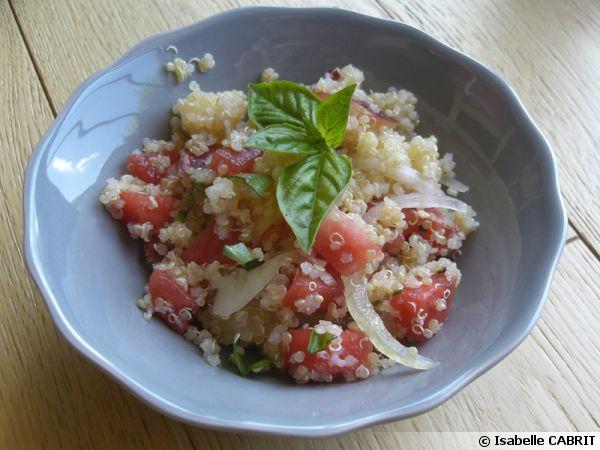 Salade de quinoa aux fruits d'été