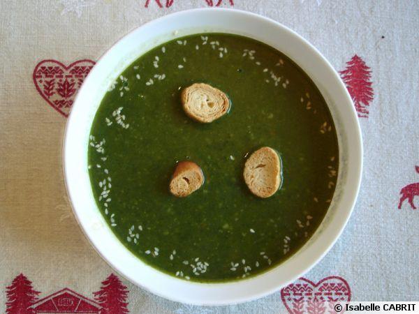 Soupe aux épinards et aux flocons d'avoines