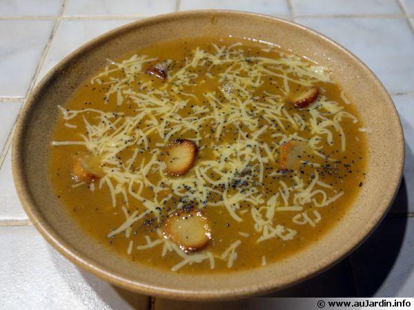 Soupe hivernale aux graines de pavot