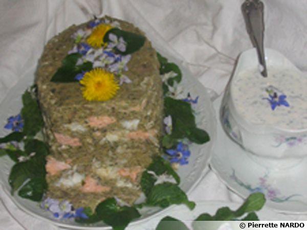 Terrine de poisson aux fleurs et herbes