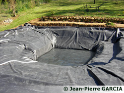 piscine naturelle: pose des baches