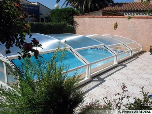 Pin abri couvert de stationnement voiture gazebo maison pratique pour on pinterest - Abri piscine adosse maison nanterre ...