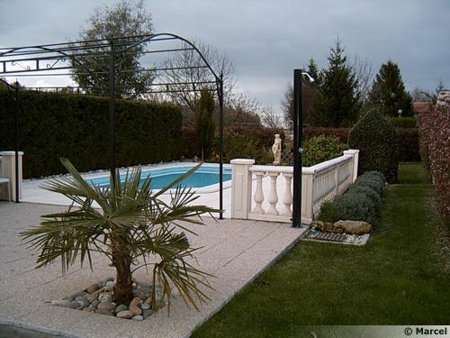 La piscine coque polyester - Entretien piscine coque polyester ...